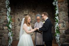 the all important exchange of rings!! at Lawnhaven  /Stroudsmoor Country Inn photo: Aaron Almendra