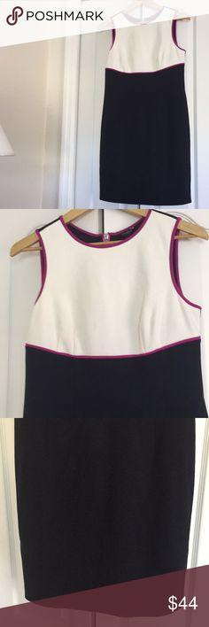 Ann Taylor Dress Very cute like new magenta, white and navy Ann Taylor Dress in size 6. Ann Taylor Dresses Midi