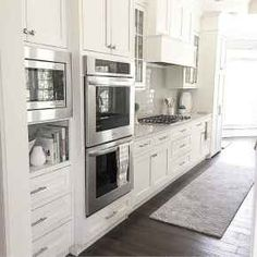 100 Elegant White Kitchen Cabinets Decor Ideas For Farmhouse Style Design. Kitchen cabinetry is not just for storage. It is an essential element to your kitchen's style when doing a kitchen remodel. Kitchen Cabinets Decor, Farmhouse Kitchen Cabinets, Cabinet Decor, Farmhouse Style Kitchen, Modern Farmhouse Kitchens, Kitchen Cabinet Design, Kitchen Layout, Cabinet Makeover, Diy Kitchens