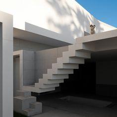 House in Porto by Alvaro Siza Milk