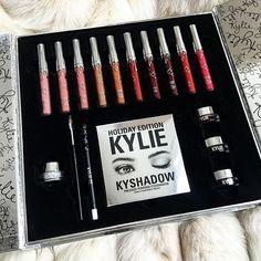 @kyliecosmetics: BIG BOX ships free worldwide! ❤️ KylieCosmetics.com