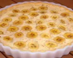 This banana custard tart recipe is creamy and delicious and tastes great just as is, or you could serve with whipping cream. Banana Custard Tart Recipe from Grandmothers Kitchen. Cream Pie Recipes, Tart Recipes, Cookie Recipes, Dessert Recipes, Mango Avocado Salsa, Grandmothers Kitchen, Custard Tart, Gluten Free Cakes, Banana Recipes