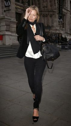 Kate Moss leaves the Victoria & Albert Museum | Kate Moss Universe