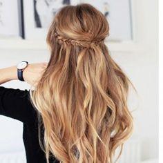 Nos idées coiffure pour cheveux bouclés - Magazine Avantages