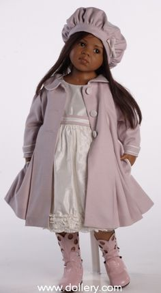 Hildegard Gunzel 2010 Resin * Jamina-lavender coat and beret, white dress Pretty Dolls, Cute Dolls, Beautiful Dolls, Beautiful Children, Toddler Dolls, Reborn Baby Dolls, Annette Himstedt, African American Dolls, African Dolls