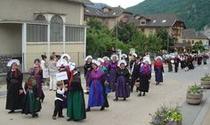 Valmeinier FolkCostume&Embroidery: Costume of the Upper Maurienne, Savoy, France