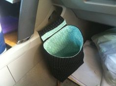 Car trash bin tutorial from Sew Simple Life! I soo need to do this because i need this in my car!(: