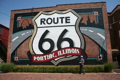 Route 66: Mural in Pontiac
