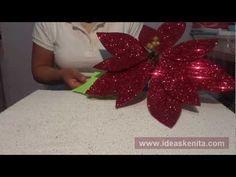 Christmas Runner, Christmas Bows, Christmas Crafts For Kids, Christmas Projects, Christmas Time, Christmas Decorations, Christmas Ornaments, Holiday Decor, Cloth Flowers