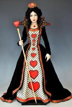 Alice in Wonderland Red Queen costume idea