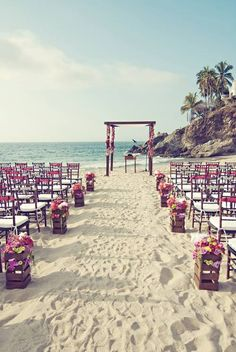 if we did a beach wedding...I would have wanted it to look something like this!