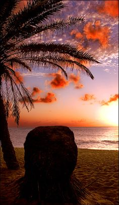 Sunset Beach, Hawaii   ♥ ♥ www.paintingyouwithwords.com