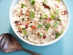 """Bacon Dirty Rice (Gardening with Julie) - Trisha Yearwood, """"Trisha's Southern Kitchen"""" on the Food Network. Rice Recipes, Side Dish Recipes, Cooking Recipes, Yummy Recipes, Top Recipes, Kitchen Recipes, Cooking Ideas, Tricia Yearwood Recipes, Trisha Yearwood"""