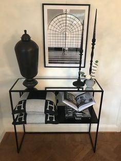 Avlastningsbord med spegeltopp - Bysso Interiör Sofa, Settee, Loveseats, Couches, Couch