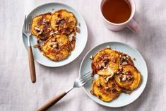 Say yes to sweet potato! En in dit geval dan ook tegen pannenkoeken. Couscous, Best Breakfast, I Love Food, Foodies, French Toast, Veggies, Salad, Seeds, Vegetables