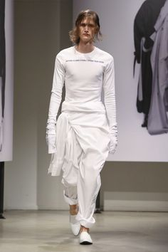Juun J Menswear Collection SS18 Paris show