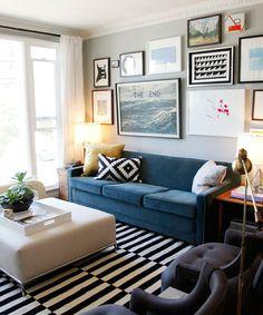 Aposte em quadros com diferentes tamanhos, molduras e estampas para dar vida e estilo as paredes do seu lar!