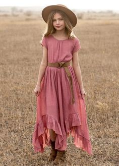Look effortlessly elegant with this boho maxi dress featuring short capped sleeves, a full skirt with a high-low hem and gathered ruffles, and smocking at the waist for an easy fit. This beautiful dress has a tie at the center back neckline and is finishe Beautiful Dress Designs, Beautiful Dresses, Awesome Dresses, Elegant Dresses, Formal Dresses, Long Dresses, Casual Dresses, Dresses For Teens, Girls Dresses
