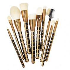 Brushes With Greatness - Sonia Kashuk All That Jazz 10-piece Set - from InStyle.com