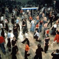 wigan casino dancers - Like a bit of Northern Soul. You tube has some great footage. Wigan Casino was once voted the best disco/dance hall in the world. 1970 Style, Rare Records, Acid House, Northern Soul, Keep The Faith, Rockn Roll, Youth Culture, 40th Anniversary, Soul Music