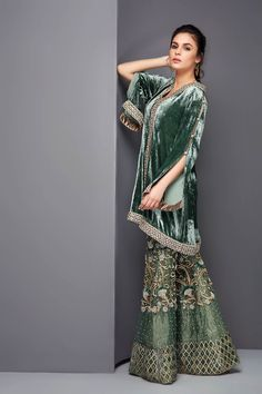 Embroidery designs fashion indian products Ideas for 2019 Shadi Dresses, Pakistani Formal Dresses, Pakistani Wedding Outfits, Pakistani Dress Design, Indian Dresses, Bridal Outfits, Anarkali, Churidar, Lehenga