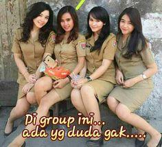 Foto Cute Girl Image, Girls Image, Kebaya Bali, Indonesian Girls, Lady Diana, Life Humor, Adult Humor, Cute Girls, Lacoste