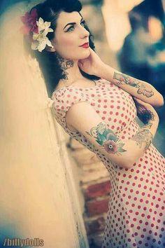 Pin-up Girl, rockabilly beauty Rockabilly Pin Up, Rockabilly Moda, Moda Pinup, Rockabilly Fashion, Retro Fashion, Girl Fashion, Vintage Fashion, Rockabilly Dresses, Womens Fashion