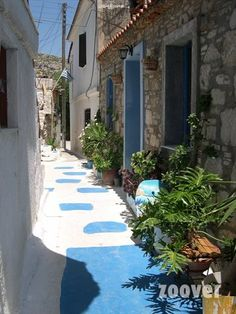 One of the colorful streets. Mykonos, Santorini, Thessaloniki, Have A Nice Vacation, Samos Greece, Milan Kundera, Places In Greece, Virtual Travel, Greece Islands