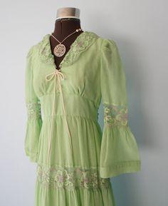 1970s Dress // Gunne Sax Dress Style // Vintage by FoxyBritVintage, $38.95