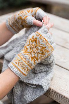 Knitworthy 3 – Ysolda Ltd - Knitting 2019 - 2020 Knitted Mittens Pattern, Fair Isle Knitting Patterns, Knit Mittens, Hat Patterns, Crochet Patterns, Punto Fair Isle, Fingerless Gloves Knitted, Knitting Accessories, Knit Crochet
