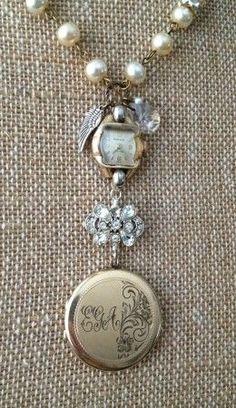 Nanny's Treasures: My Vintage Heirloom Design by Sarah R