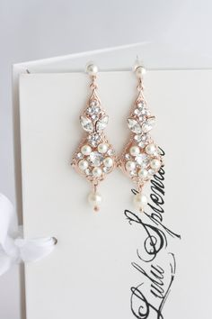 Very pretty petite chandelier earrings that are striking enough to be worn on their own, or with other jewellery. A classic design, that are suited