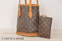Louis Vuitton Monogram Bucket PM With Pouch Tote Bag M42238