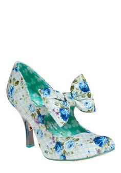 Marie Antoinette and shabby chic inspired heels - unique, very quirky, and kind of fun!