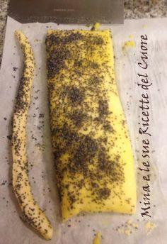 Mina e le sue Ricette del Cuore: Grissini di semola di grano duro con lievito madre.  http://minaelesuericette.blogspot.it/2014/01/grissini-di-semola-di-grano-duro-con.html