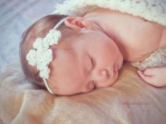 White crochet flower headband with crystal beads by ALittleCloset