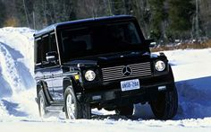 Who needs to worry about their driving skills when they're driving a Mercedes G-wagon? Honestly the G-wagons off road skills are unbelievable! Mercedes G Class Suv, Mercedes G Wagen, My Dream Car, Dream Cars, Camper Boat, Lux Cars, Future Car, My Ride, Broncos