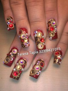 Glamour nails by teresa tapia