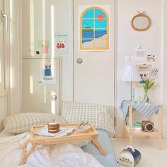 Small Room Bedroom, Room Ideas Bedroom, Small Rooms, Korean Bedroom Ideas, Deco Studio, Study Room Decor, Study Rooms, Pastel Room, Style Deco