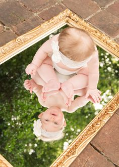 6 Month Baby Picture Ideas, Cute Baby Photos, Baby Girl Pictures, Newborn Baby Photos, Baby Poses, Newborn Pictures, Baby Girl Newborn, Monthly Baby Photos, Newborn Baby Photography