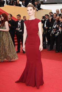 "Mia Wasikowska Photos: ""Restless"" Premiere - 64th Annual Cannes Film Festival"
