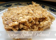 Healthy Baked Oatmeal Bars for a quick breakfast! The Oatmeal, Cinnamon Oatmeal, Healthy Recipes, Healthy Baking, Cooking Recipes, Amish Recipes, Dutch Recipes, Bariatric Recipes, Healthy Breakfasts