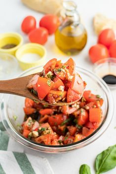 Balsamic Tomato Salad - Family Fresh Meals Family Fresh Meals, Easy Family Dinners, Family Recipes, Quick Weeknight Meals, Quick Easy Meals, Summer Recipes, Summer Desserts, Easy Recipes, Breakfast Recipes