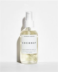 Created to whisk you away to a tropical vacation with each application, Coconut Body Oil blends Coconut Oil, Coconut Extract, and a hint of natural tropical florals to deeply hydrate and nourish the skin. Natural Beauty Tips, Organic Beauty, Organic Skin Care, Natural Beauty Products, Beauty Care, Diy Beauty, Beauty Hacks, Beauty Ideas, Beauty Secrets