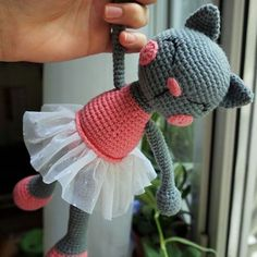 The ballerina cat doll crochet pattern will help you to make a wonderful gift for a little girl. The amigurumi doll is made with 50% cotton yarn.