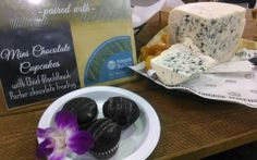 Cheese and cupcakes? Our Buttermilk Blue Affinee was recently paired with mini chocolate cupcakes at Tyranena Brewing Company Chocolate Frosting, Chocolate Cupcakes, Cheese Pairings, Best Cheese, Brewing Company, Beverages, Mini, Blue, Food
