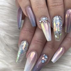 Beautiful nail art designs that are just too cute to resist. It's time to try out something new with your nail art. Glam Nails, Hot Nails, Fancy Nails, Bling Nails, Beauty Nails, Hair And Nails, Fabulous Nails, Gorgeous Nails, Pretty Nails