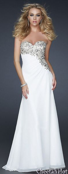 GIGI by La Femme - Ivory Gown I wonder if I could pull this off for paging haha Evening Attire, Evening Dresses, Beautiful Gowns, Beautiful Outfits, Elegant Dresses, Pretty Dresses, Bridesmaid Dresses, Prom Dresses, Formal Dresses