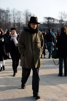 Friday, April 5, 2013 On the Street…..It's Not Summer Yet, Paris