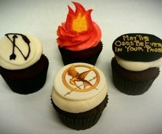 Hunger games cupcakes!!! <3 <3